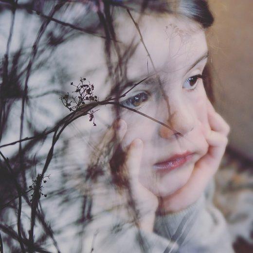 emotionele verwaarlozing: last van wat er niet is gebeurd en wat je je niet herinnert
